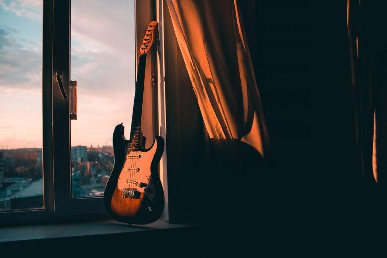 best beginner electric guitar packages